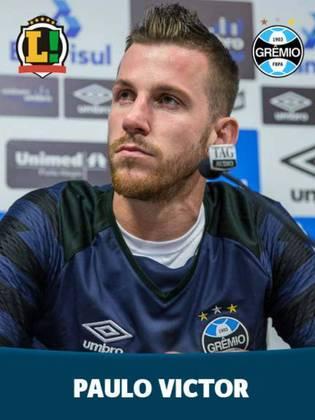 PAULO VICTOR - 4,5: Atuação péssima do goleiro gremista. Falhou nos dois gols do Palmeiras. No primeiro, a bola passou no seu canto. No segundo, embaixo dele.