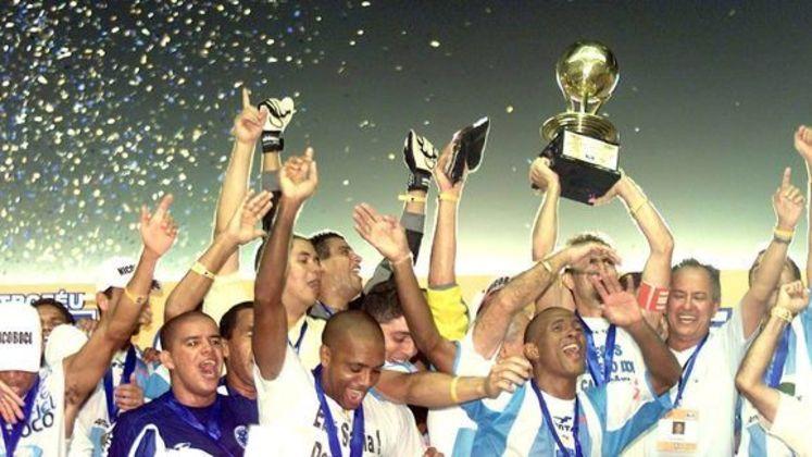 PAYSANDU - Você pode não lembrar, mas o Papão da Curuzu tem em sua história uma surpreendente passagem pela Libertadores da América, em 2003. Mas como chegou lá é o que nos interessa. Detonou o Cruzeiro na final da Copa dos Campeões em 2002, aplicando em casa 3 a 0 na Raposa, depois de ter perdido por 2 a 1 no Mineirão. Surpresa geral!