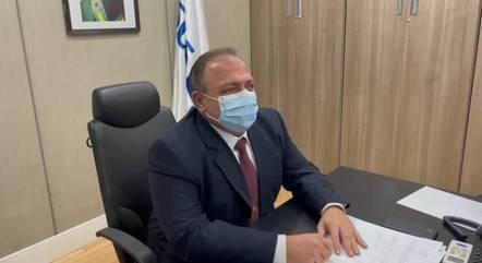 O ministro Eduardo Pazuello