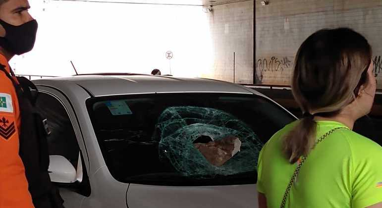 Acidente ocorreu no túnel conhecido como Buraco do Tatu,  entre o eixo rodoviário Sul e o Norte