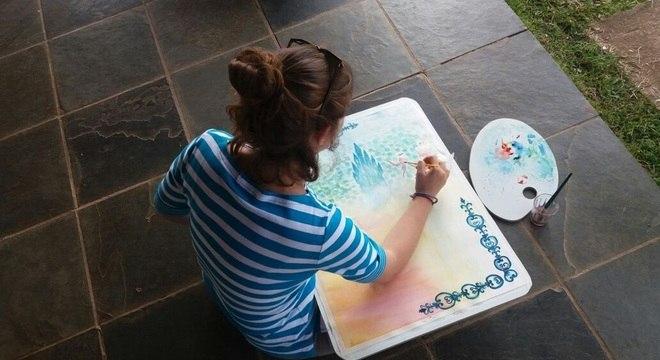 Crianças desenvolvem coordenação motora antes da alfabetização