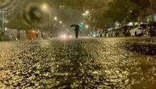 Prefeito de NY declara estado de emergência após chuva recorde