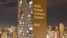 Edifício JK vira outdoor de pedido de casamento em Belo Horizonte