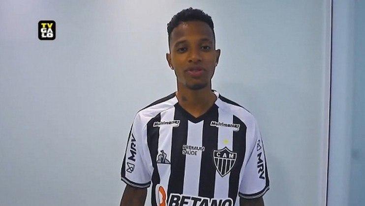 Pedido pelo técnico Cuca, o volante acertou seu empréstimo com o Atlético-MG até maio de 2022.