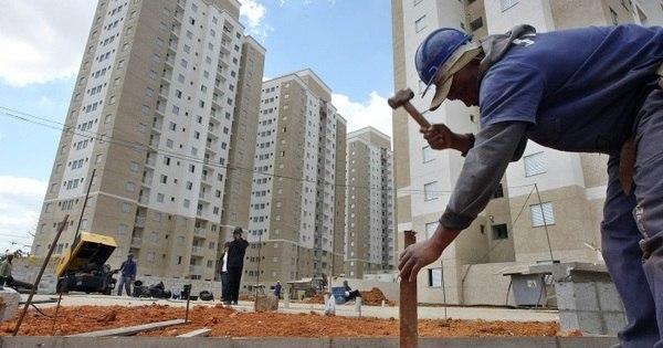 Construção civil deve crescer 3% e gerar 150 mil empregos em 2020 -  Notícias - R7 Economia