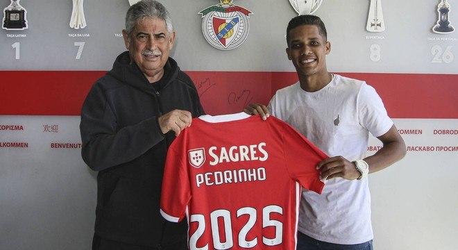 Mal chegou em Portugal e Pedrinho passou a valer R$ 638 milhões