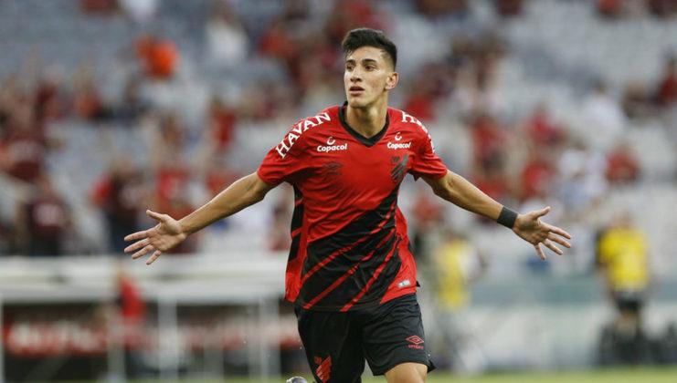 Pedrinho (21) - Athletico - Valor atual: 1,8 milhões de euros - +3500% - Diferença: 1,75 milhões de euros