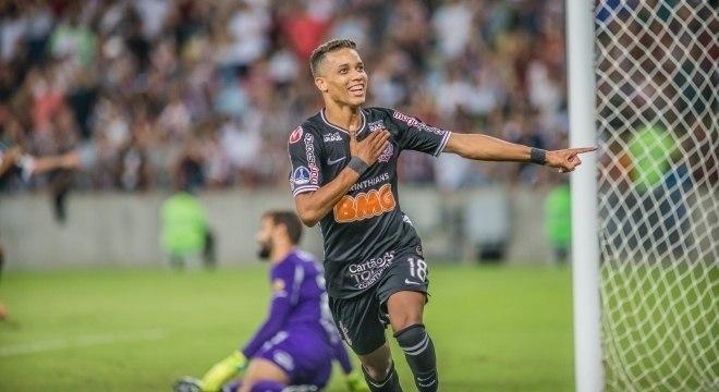 Pedrinho marcou o gol do Corinthians no Maracanã