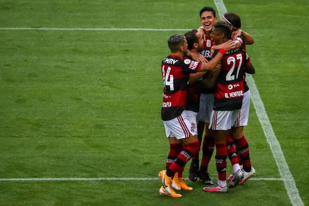Pedro conseguiu entrosamento imediato. Dentro e fora do campo no Flamengo