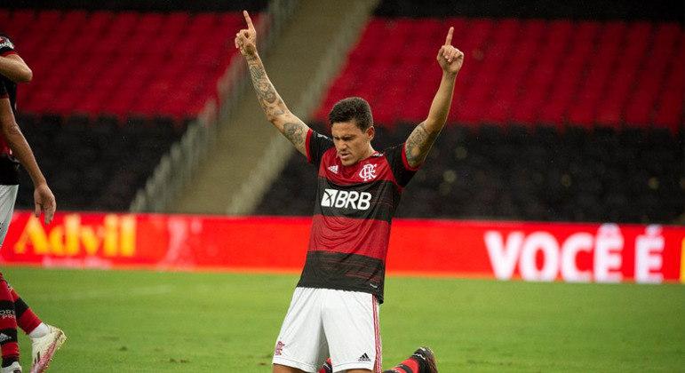 Pedro volta a treinar e pode reforçar o Flamengo