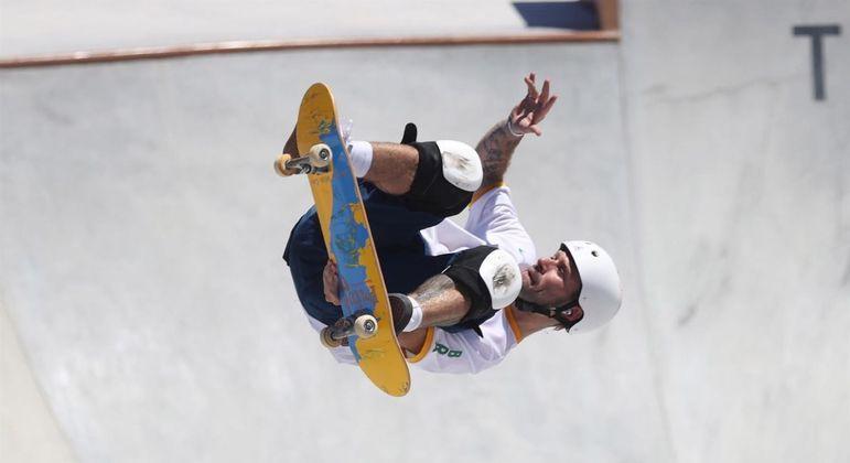 Pedro Barros voou no Ariake Urban Sports e garantiu a medalha de prata