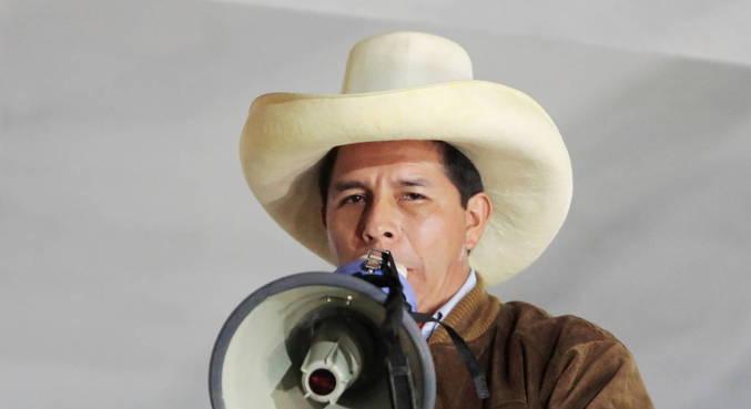 Candidato esquerdista, Castillo abre vantagem no Peru