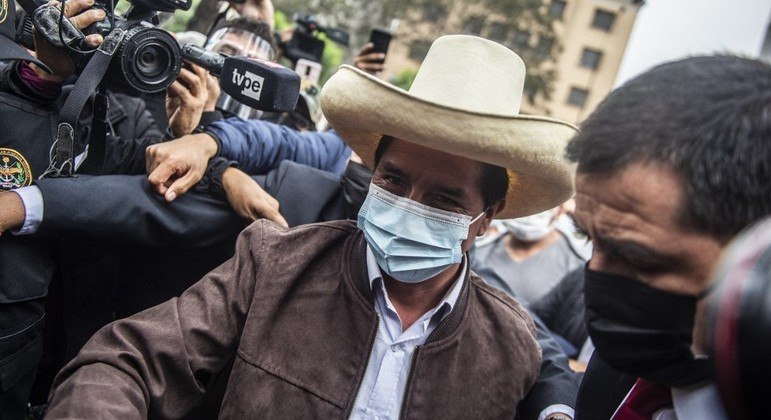 Castillo conversou com correspondentes estrangeiros nesta terça-feira