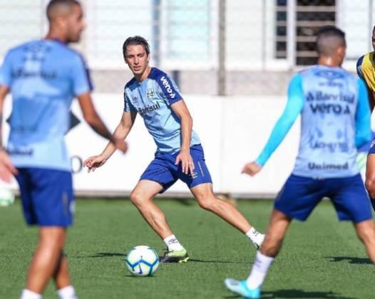 Pedro Geromel - O capitão e líder da defesa do Grêmio já teve passagem pelo Palmeiras quando adolescente. Contudo, o Verdão liberou o atleta, que recebeu poucas oportunidades.