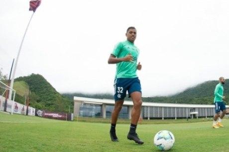 Passagem de Pedro Rocha é marcada por problemas físicos