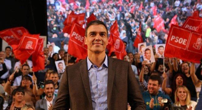 O candidato do partido socialista, Pedro Sánchez, não recebeu apoio suficiente para formar um governo estável