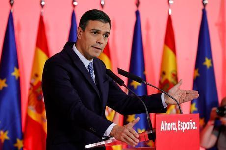 Sanchez diz que Catalunha não terá independência 'online'