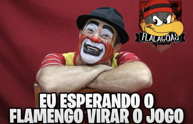 Pela 10ª rodada do Brasileirão, o Flamengo foi superado na Arena Castelão e o resultado não agradou aos torcedores. Vitinho e dupla de zaga foram os principais criticados nos memes. Confira!