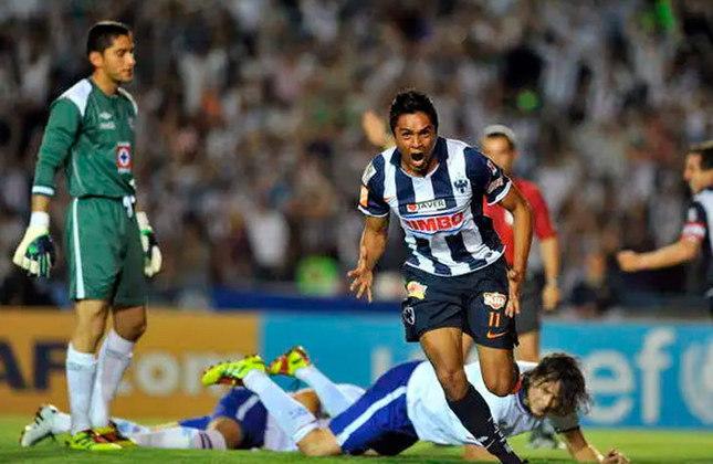 Pela Liga dos Campeões da Concacaf, o Monterrey (MÉX) venceu o Cruz Azul (MÉX) no jogo de ida por 1 a 0 e é um dos candidatos a ir para a final e disputar a vaga para o Mundial.