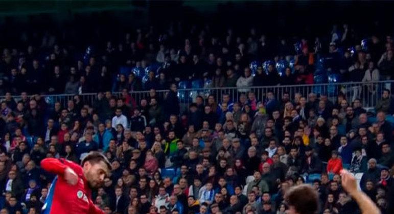Pela sexta rodada da Fase de Grupos da Champions, o CSKA sobrou e não deu chances para o Real em pleno Santiago Bernabéu.