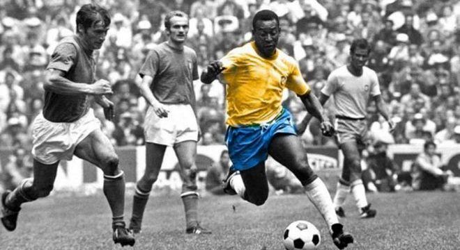 Pelé. 1.283 gols na carreira. Três Copas. Dois Mundiais. Duas Libertadores.
