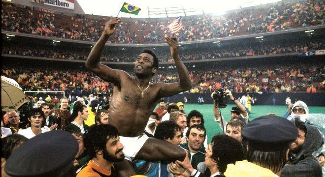 No adeus ao futebol, ainda mostrava físico privilegiado, aos 37 anos