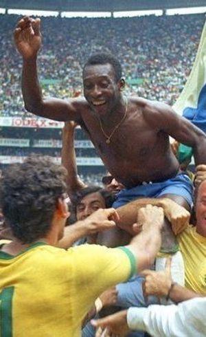 Pelé é o único jogador que conquistou três Copas do Mundo