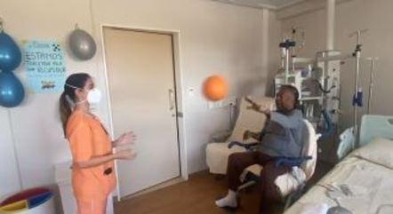 Pelé está em recuperação no hospital