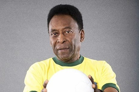 Pelé se manifestou só nesta terça-feira (2)