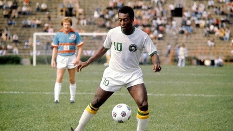 Pelé - Da aposentadoria para o NY Cosmos (1975) - Valor: gratuito - Após encerrar uma brilhante carreira defendendo o Santos e a Seleção Brasileira, Pelé retornou aos gramados para atuar nos Estados Unidos e deixar o mundo ver a sua magia por mais alguns anos