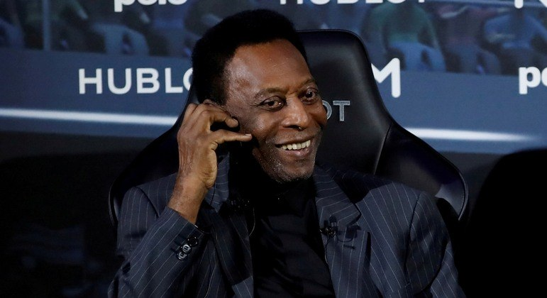 Pelé disse que irá 'encarar mais essa partida com um sorriso no rosto'