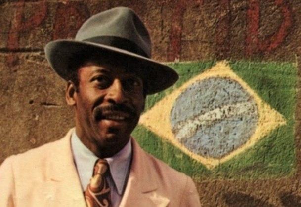 Pelé já encarnou até um típico malandro carioca: o papel-título de
