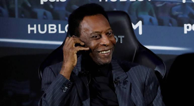 Pelé reúne ícones do esporte e da arte para leilão de caridade com mais de 229 itens