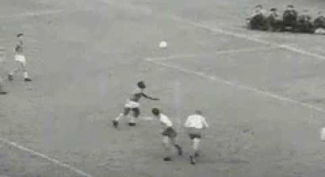 O gol maravilhoso dos 3 X 1 na Suécia em 1958