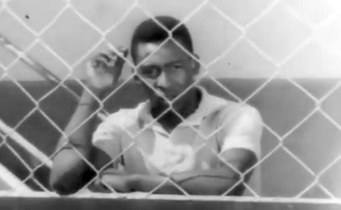 Pelé também foi tema de mais de um filme. O primeiro deles foi