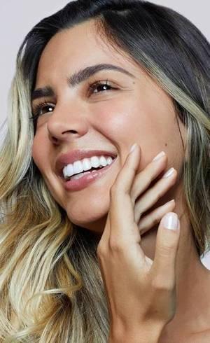 A Garnier possui produtos específicos para tratar a sua pele e uniformizá-la na hora