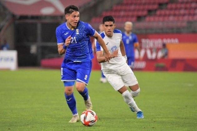 Pelo Grupo B, a Romênia venceu Honduras por 1 a 0 e divide a liderança com a Nova Zelândia.