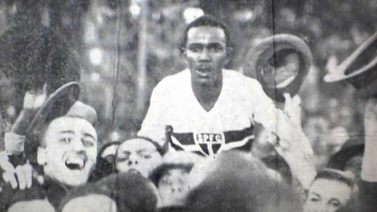 Pelo São Paulo, Waldemar marcou 84 gols em somente 79 jogos, sendo o maior artilheiro em média do clube, com 1,06 gols por jogo. Ele é o único jogador da história do Tricolor com média de mais de um gol por partida.