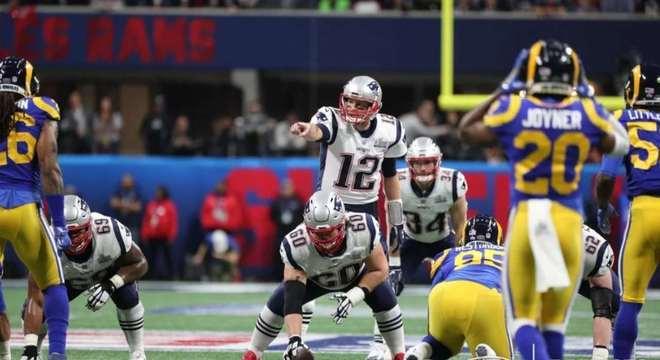 Pelo terceiro ano consecutivo, Brady e os Pats estavam no Super Bowl. E com vitória novamente. Brady foi discreto, mas somou o seu sexto anel de campeão. Teve 265 jardas passadas e uma interceptação.