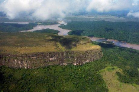 Vista aérea de parte do Parque Nacional Canaima, na Venezuela