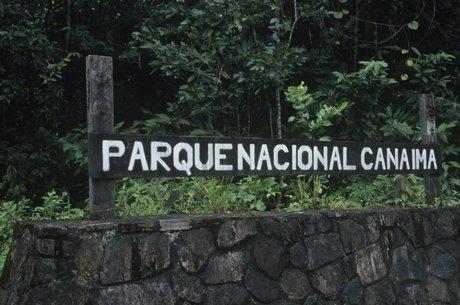 O único acesso ao parque nacional é por aviões fretados