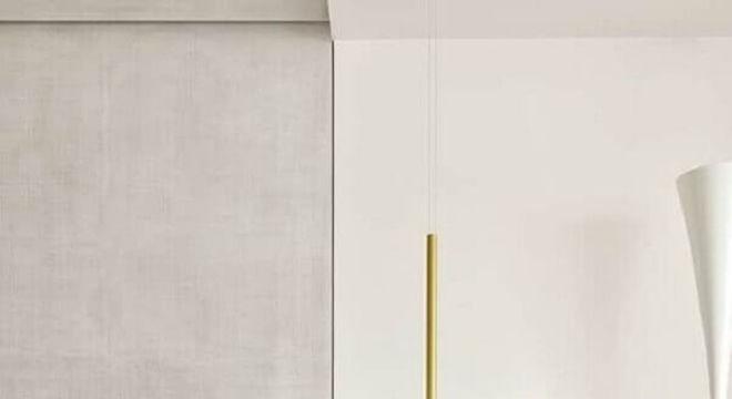 pendente para quarto com design moderno e acabamento dourado