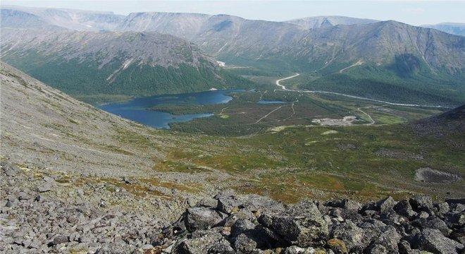 Poço está localizado numa área inabitada no norte da Península de Kola, na Rússia