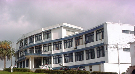 Penitenciária de Florianópolis improvisou celas
