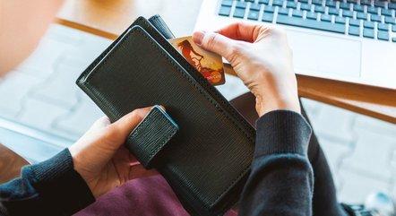 Taxa básica de juros subiu de 5,25% para 6,25% ao ano afetando linhas de crédito