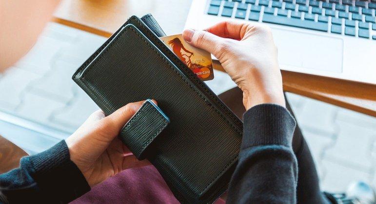 Pequenos empresários de SP podem receber linha de crédito para retomada econômica