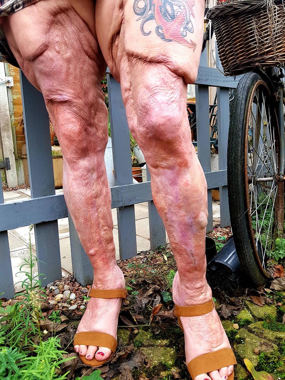 Pernas de Jayne