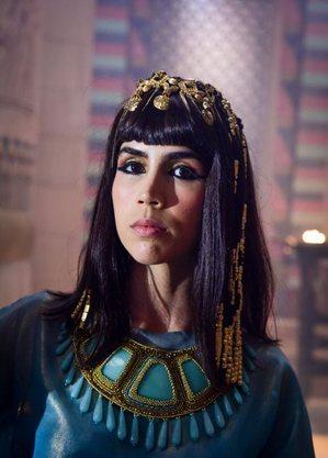 Pérola Faria vive Khen, na fase Abraão
