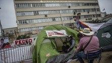 Peru: eleitores acampam em Lima para 'defender' seus votos