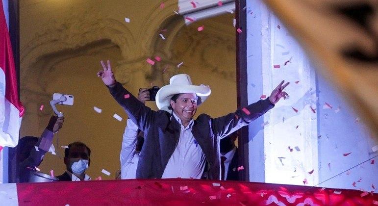 Fernando Castillo terminou à frente de Keiko Fujimori na contagem de votos